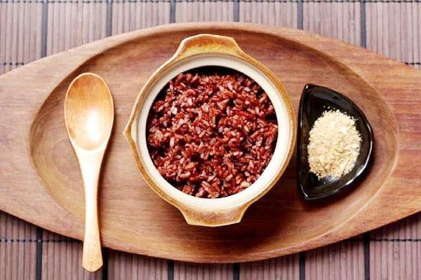 Cách nấu cơm gạo lứt ngon bằng nồi đất nung